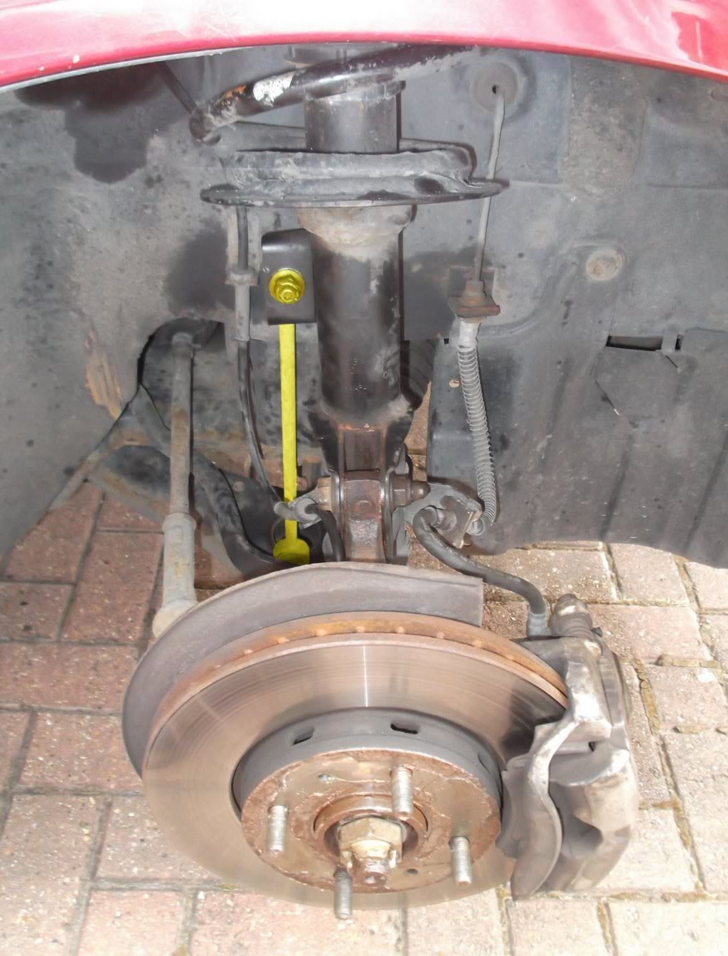 Volvo S80 1999 Volvo S80 Vvt Cam Timing besides 2001 Volvo S40 Repair Manual moreover Saab 9 5 Crankshaft Position Sensor further Volvo C70 Engine Mount Diagram in addition 304519 Where Bank 1 Sensor 1 A. on how to replace camshaft sensor 2004 volvo s40